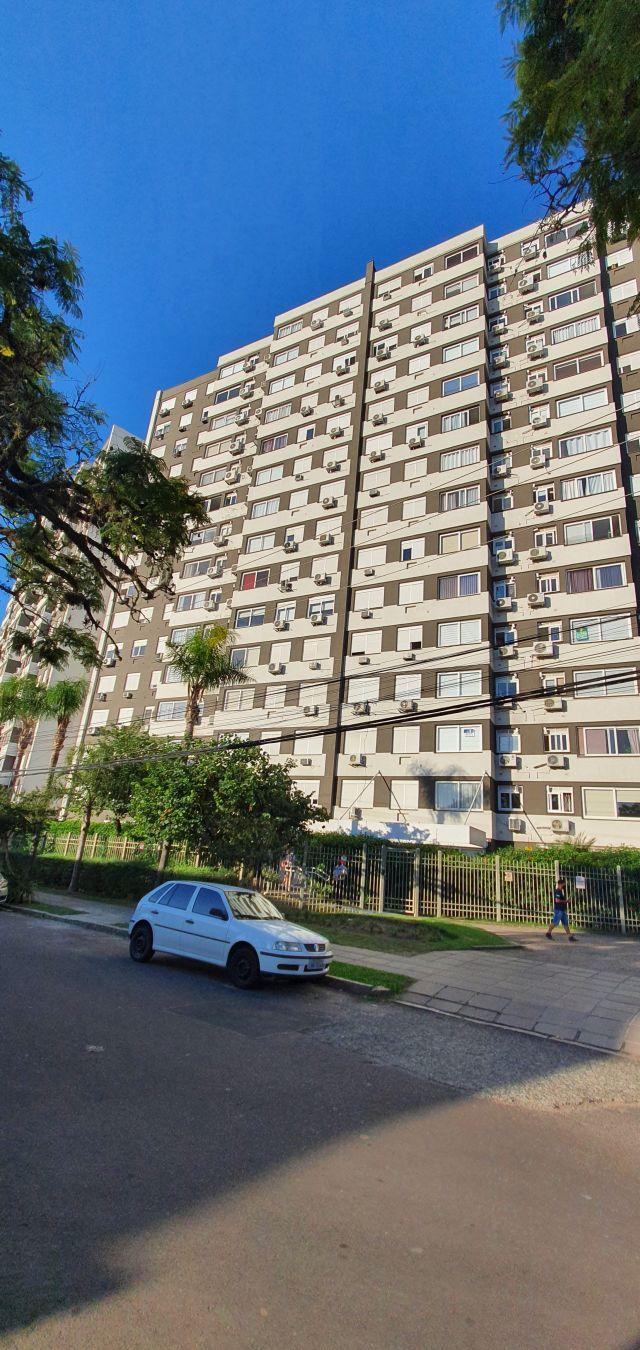 2 Dorms. com Box no São João